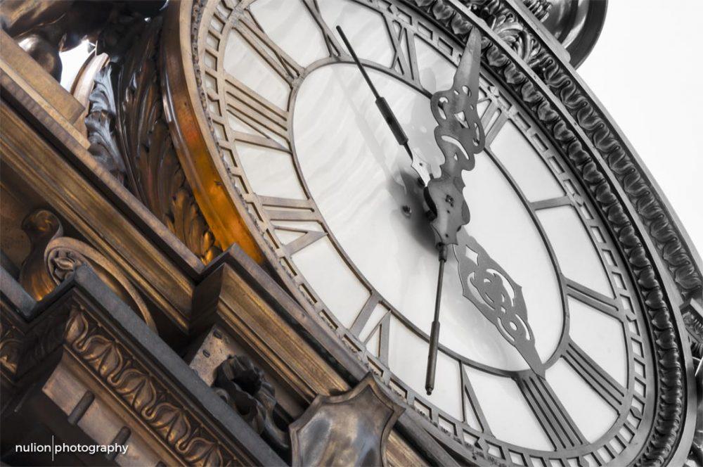 Kaufmann Clock